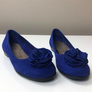 AEROSOLES Beccentric Royal Blue Suede Flats